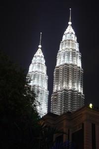 Kuala Lumpur, Petronas Towers Photo Ed Sluimer 2011