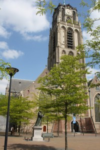 Lawrence'Church and Statue of Erasmus Photo Ed Sluimer 2014
