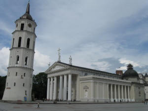 Vilnius Cathedral Square Photo: Ed Sluimer 2008