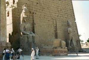 Luxor Temple, Photo: Ed Sluimer 2000
