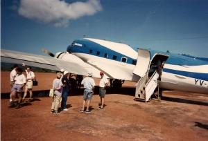 DC-3 at Camp Kavak, Canaima Photo: Ed Sluimer