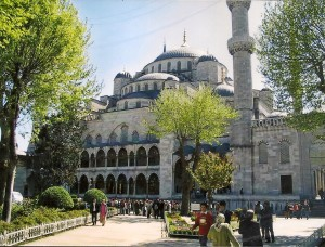 Istanbul, Blue Mosque Photo Ed Sluimer 2005