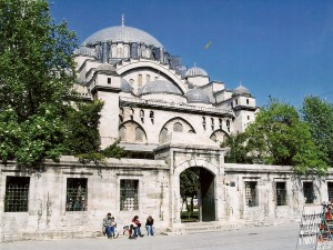 Istanbul, Suleymaniye Mosque Photo Ed Sluimer 2005