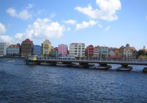 Curacao Willemstad, Queen Emma Bridge and view on Punda Photo Ed Sluimer 2007