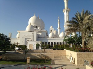 Abu Dhabi Sheikh Zayed Mosque Photo Rene de Bot 2015