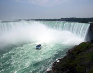 Niagara Falls Photo Vincent Tepas 2004