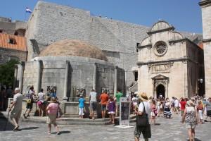 Dubrovnik, Fountain of Onofrio Photo Ed Sluimer 2012